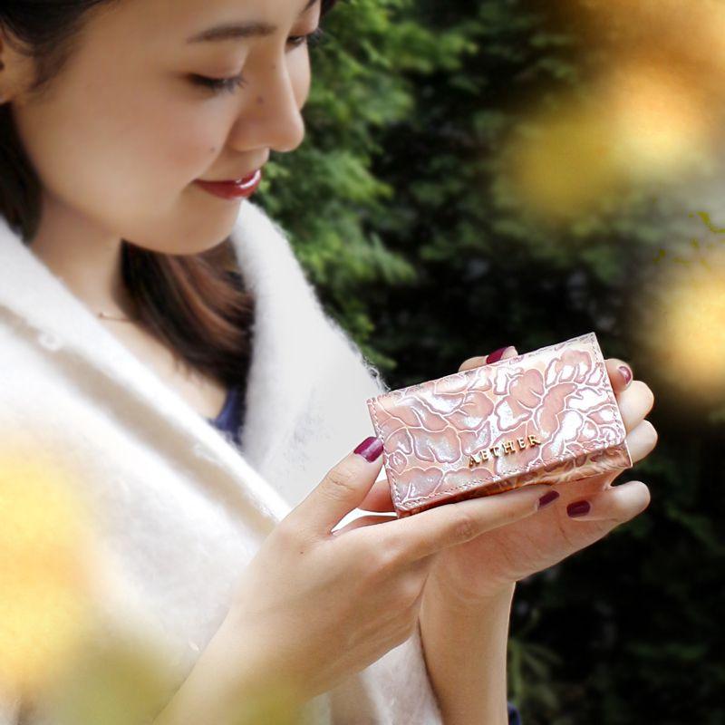 バラ柄スプリットレザーレザー「シュクレ」キーケース