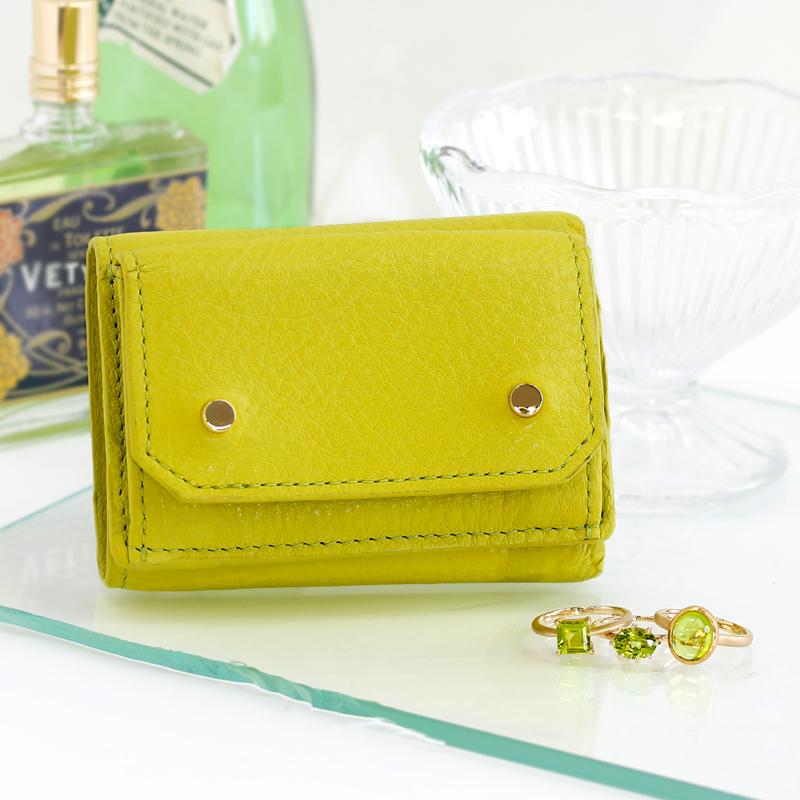 レザーブランド・エーテルとジュエリーブランド・ビズーのコラボミニ財布