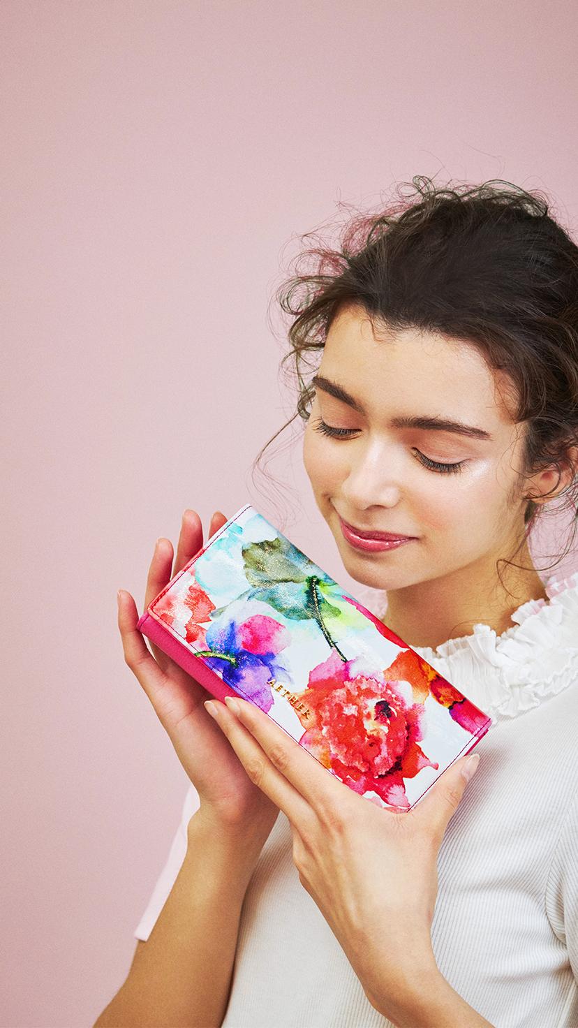 赤い花柄『ピヴォワンヌ』シリーズ