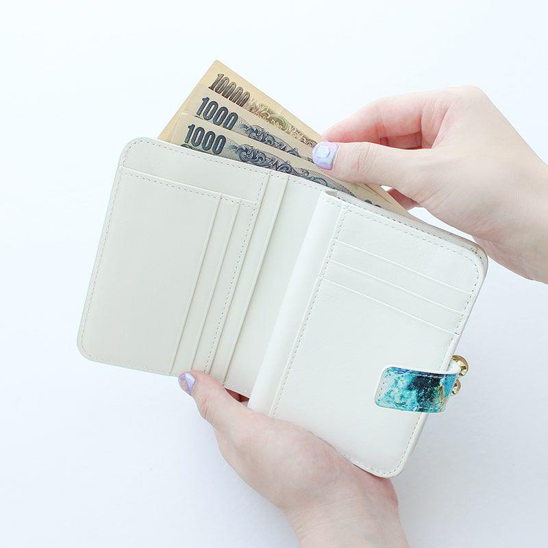 エナメルレザー「エトワールブルー」二つ折り財布(がま口)