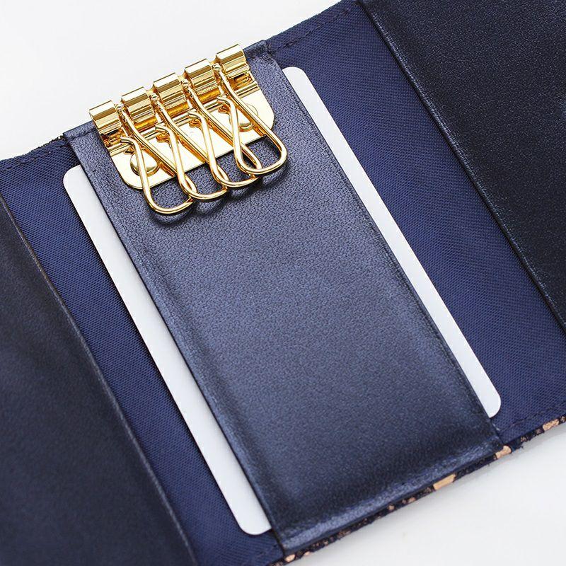 中央カードポケット
