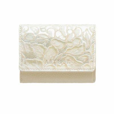 ローズ型押しレザー「シュクレ」ミニ財布(三つ折り) イエローベージュ