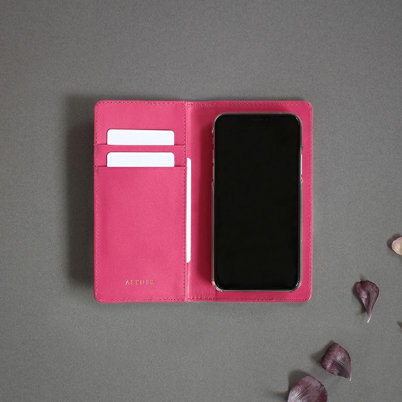 エナメルレザー「ピヴォワンヌ」手帳型スマホケース(全機種対応)背面