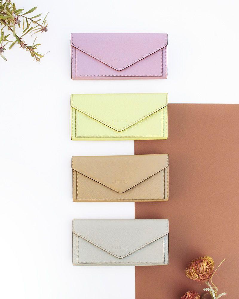 「エクラ」レター型長財布